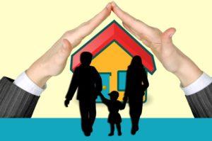 Ein Haus und eine Familie wird geschützt.