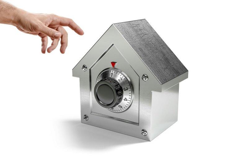 safe-mit-mechanischem-zahlenschloss